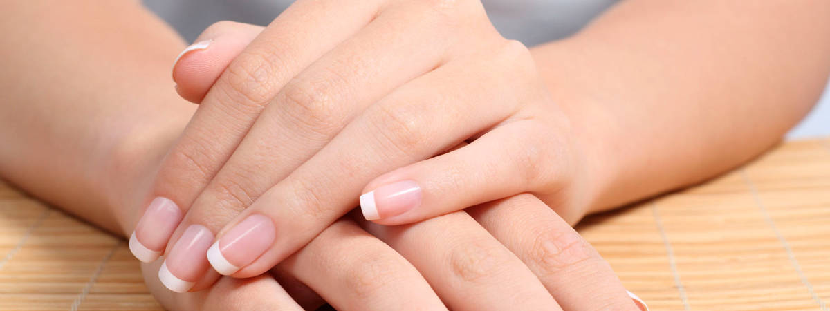 hidratar uñas bonitas